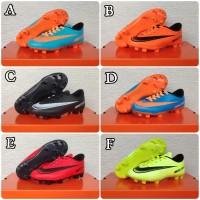 Sepatu Bola Anak Nike Size: 28-31