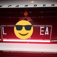 Reflector dudukan plat nomor mobil super red mantul reflektor universo