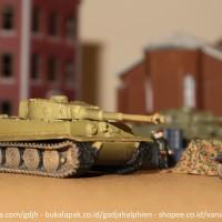 WTM 1/144 - Tiger I tank - World Tank Museum 01 by Takara - Kaiyodo