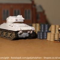 WTM 1/144 - Tank M4A1 Sherman - World Tank Museum by Takara - Miniatur