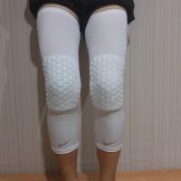 Legsleeve Padded (Legpad) McDavid Hitam (Leg Sleeve Pad - Knee Padded)