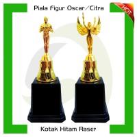 Piala/Trophy Figur Oscar/Dewa