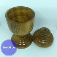 Gelas kayu ukir unik antik dan bernilai seni