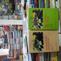 Pemasaran strategis edisi 4 jilid 1 dan jilid 2 by David W Cravens