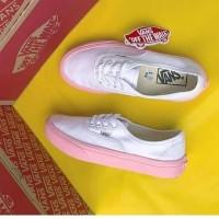 Sepatu Vans port royal White Pink Kasual impor vietnam 4dac2d7b9d