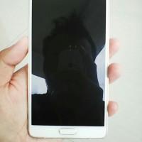 Samsung Galaxy Note 4 (bekas - batangan)