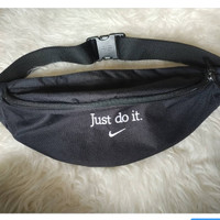 nike waist bag just do it black