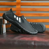 Sepatu Adidas Jawpaw Model Slip On Hitam Stripe Putih Terbaru