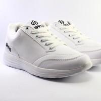 sepatu sekolah pria sneakers sans