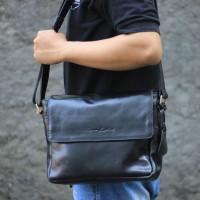 Tas Selempang Kulit Emilo Navy -Kenes Leather