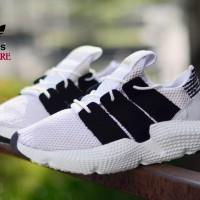 Adidas Propere Pria Putih Lis Hitam Sneaker sepatu kekinian d60b57c7ce