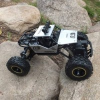 RC ROCK CLAWLER CAS MOBIL REMOTE CONTROL OFF ROAD 4WD MAINAN ANAK OFFR