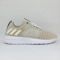 Sepatu Running Lari Wanita Adidas Premium Bahan Original Putih Cream
