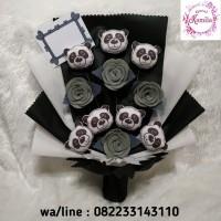 buket bunga boneka karakter panda handbouquet mawar flanel unik murah