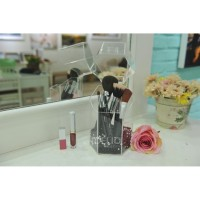 Stand Brush Makeup Akrilik