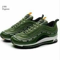 Sepatu Sneaker Wanita. Nike Air Max Custom