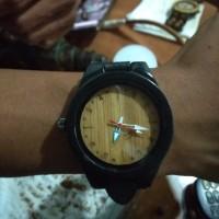 jam tangan kayu hitam