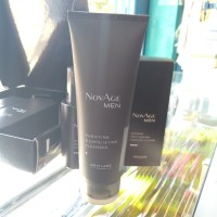 purifying & exfoliating cleanser