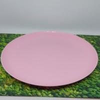 Piring pink makan anak travel