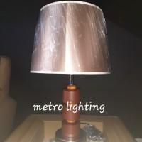 lampu meja MT 3127