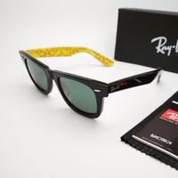 Kacamata Rb Wayfarer motif tulisan kuning lensa kaca - sunglasses