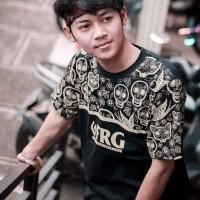Baju Kaos Tshirt Pria Cowok Keren Terbaru Warna Hitam Lamp Gold FRG