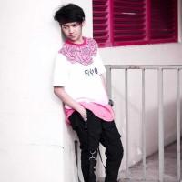 Baju Kaos Tshirt Pria Cowok Keren Terbaru Putih Rose in White FRG
