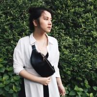 Waistbag / Sling bag polos wanita - Navy
