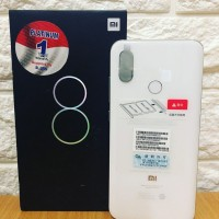 Xiaomi Mi 8 Black Ram 6 Internal 128 Gb - Garansi Distri last stok