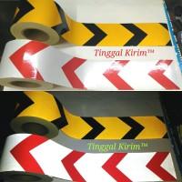 "Sticker Reflective Arrow 4"" (10cm) / Stiker Reflektif Mantul Panah 4"""