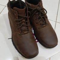 Sepatu Boots Hush Puppies Preloved