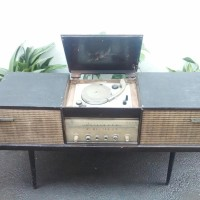 RADIO PHILIPS CABINET JADUL