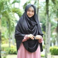 Jilbab Pashmina Instan Khadijah / Khimar Khadijah Diamond .