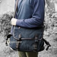 Oscar / Sling Bag / Messenger Bag / Canvas Bag / Legacy Gear