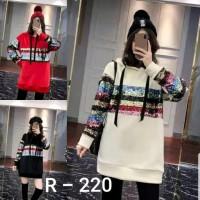 Atasan Kaos R - 220 / Import