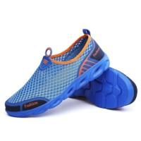 Scientoo Sepatu Olahraga Pria Slip-on Hiking Air Anti Slip Cahaya
