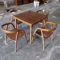 Meja Kursi Makan kayu Cafe T D268