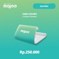 Majoo Standee Compact