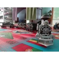 Kereta api militer MA-Train bisa keluar asap lokomotif MA TRAIN