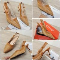 Sepatu Heel Fashion 199