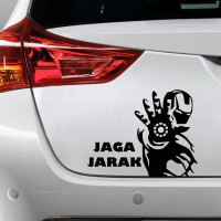 Sticker Decal Mobil Cutting Vinyl Iron Man Jaga Jarak