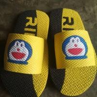 Sendal Jepit Nama Motif Doraemon