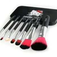 AY Kuas Hello Kitty Brush Kaleng Set 7 Pcs Hitam