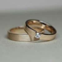 sepasang cincin kawin murah
