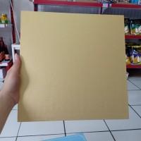 Papan Kue Kotak Warna Emas Coklat Cake Board 30cm