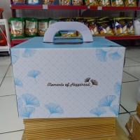 Kotak kue cake box 30x30x17.5 warna biru ginkgo handle pegangan