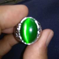 cincin batu akik mata kucing hijau