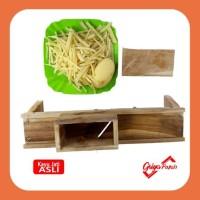 Pemotong keripik ubi stik manual dari kayu jati