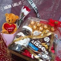 Parsel Valentine Ferrero
