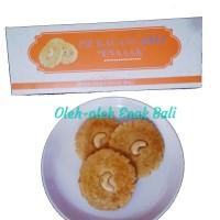 Pie Kacang Asli 'Enaaak' by Pie Susu Enaaak isi 9 pcs